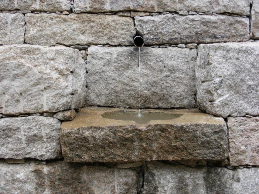 New England Fieldstone : New england fieldstone stone basins